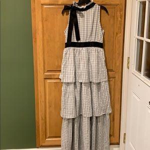 Long beautiful dress size size Large.